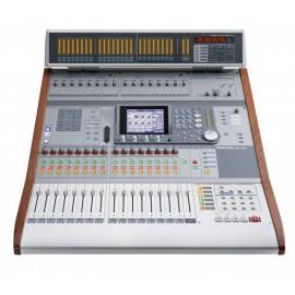 Tascam DM-3200 Mezcladora digital de 32 canales