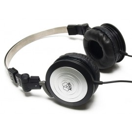 AKG K414P Audífonos Cerrados
